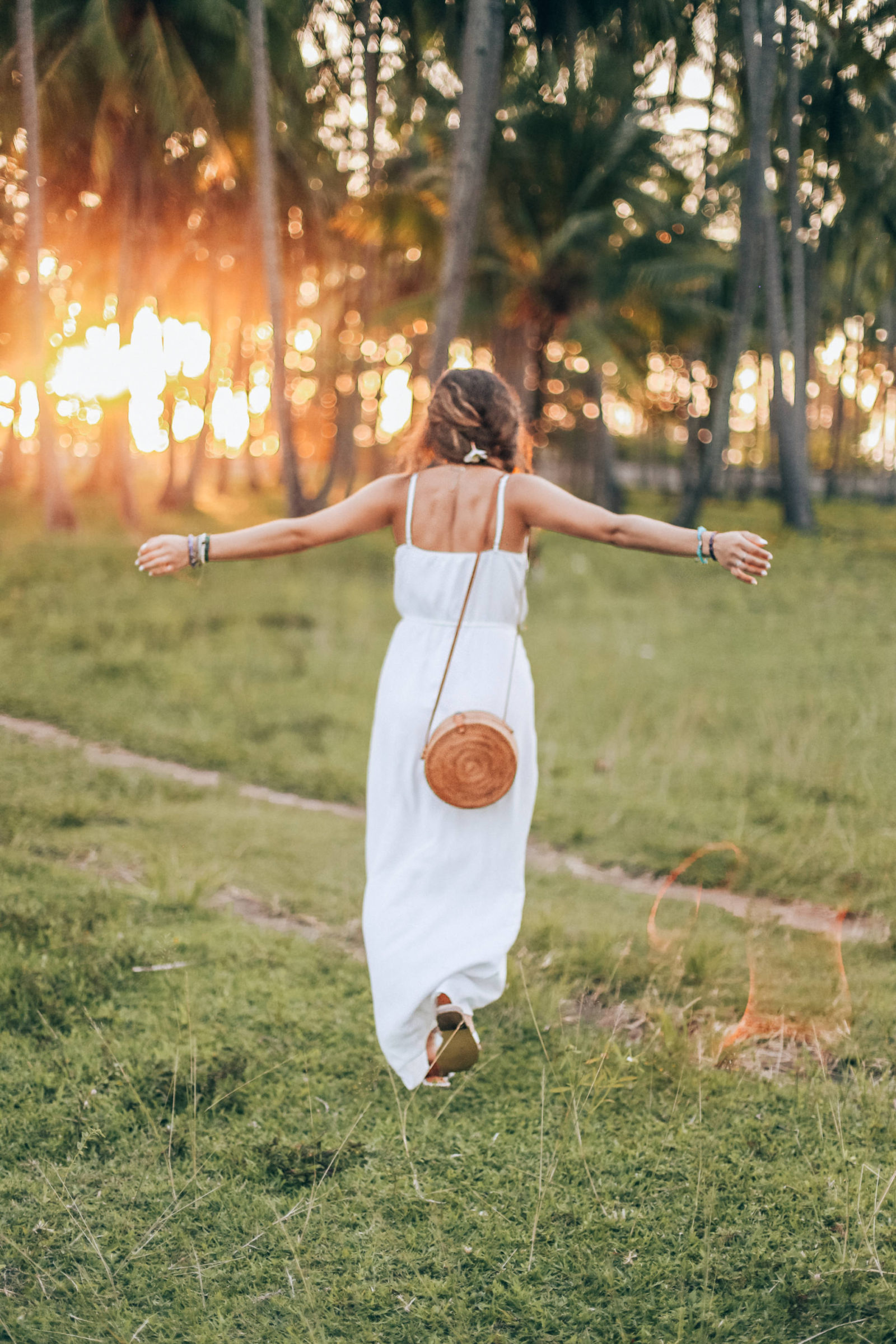 white ruffle dress, bali indonesia, jasmine elias, sunset